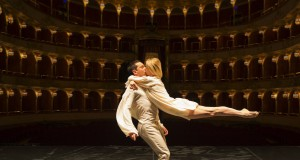 Eleonora Abbagnato e Claudio Cocino in Le Parc di A. Preljocaj al Teatro dell'Opera di Roma - Foto di Yasuko Kageyama