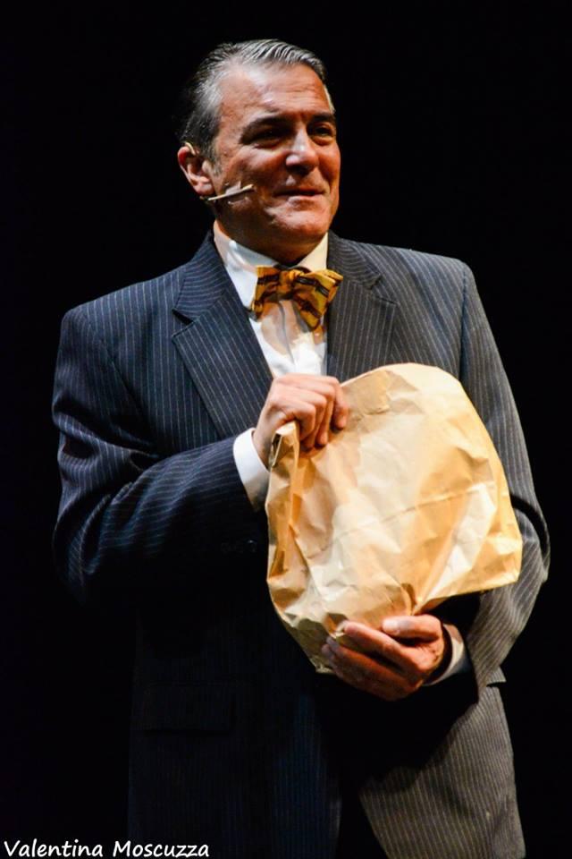 Mauro Beltramme in Welcome to Berlin al Teatro della Cometa