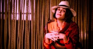 """Laura Marinoni in """"Amore ai tempi del colera"""" al Teatro Franco Parenti - ph Ilaria Costanzo"""