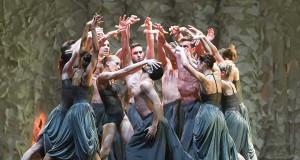 """Il Balletto di Roma, in una scena di """"Futura"""" - foto G. Orlandi"""