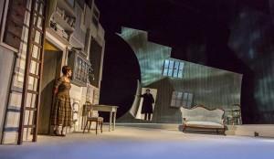 Casa di Bambola di Ibsen in scena al Vascello