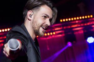 Valerio Scanu porta le canzoni di Natale all'Auditorium Parco della Musica