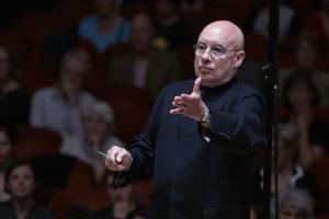 http://binrome.com/news/cronaca/concerti-sinfonici-allopera-di-roma-con-bruckner-e-glass/