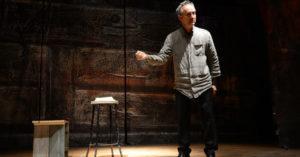 Jacob Olesen veste i panni di Primo Levi al Teatro Argentina