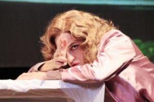 """Nicola Russo con """"Io lavoro per la morte"""" affronta il tema dell'assenza con un racconto toccante"""