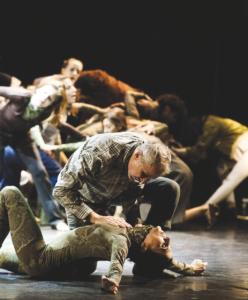 """Apoxyomenos"", una coreografia di Claudio Bernardo all'Argentina"