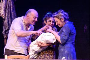 """""""Il cappello di carta"""" di Gianni Clementi per la regia Felice Della Corte torna a grande richiesta al Teatro Marconi"""