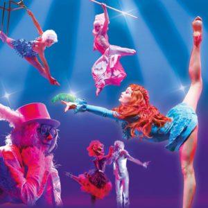 """Circus-Theatre Elysium porta in scena """"Alice in Wonderland"""""""