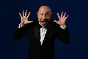 """""""Papà perché lo hai fatto"""", all'Olimpico torna Maurizio Battista"""