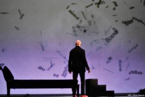"""Sigmund Freud e la ricerca di se stesso in  """"Herr/Freud Signorelli Mosé - Il Rebus"""" al Palladium di Roma"""
